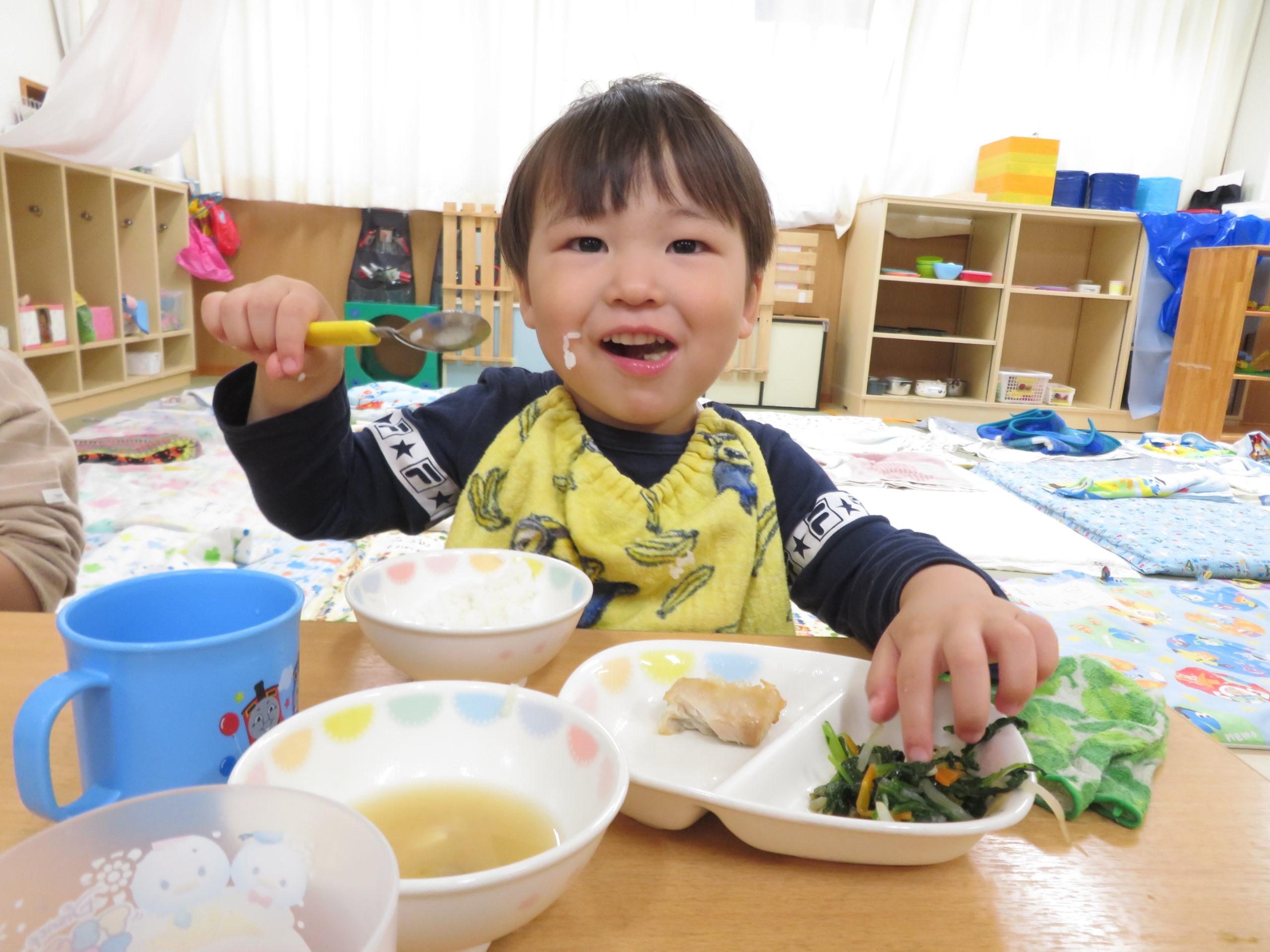 😊遊コスモス小新保育園 「2歳児 Lunch time🥄✨」