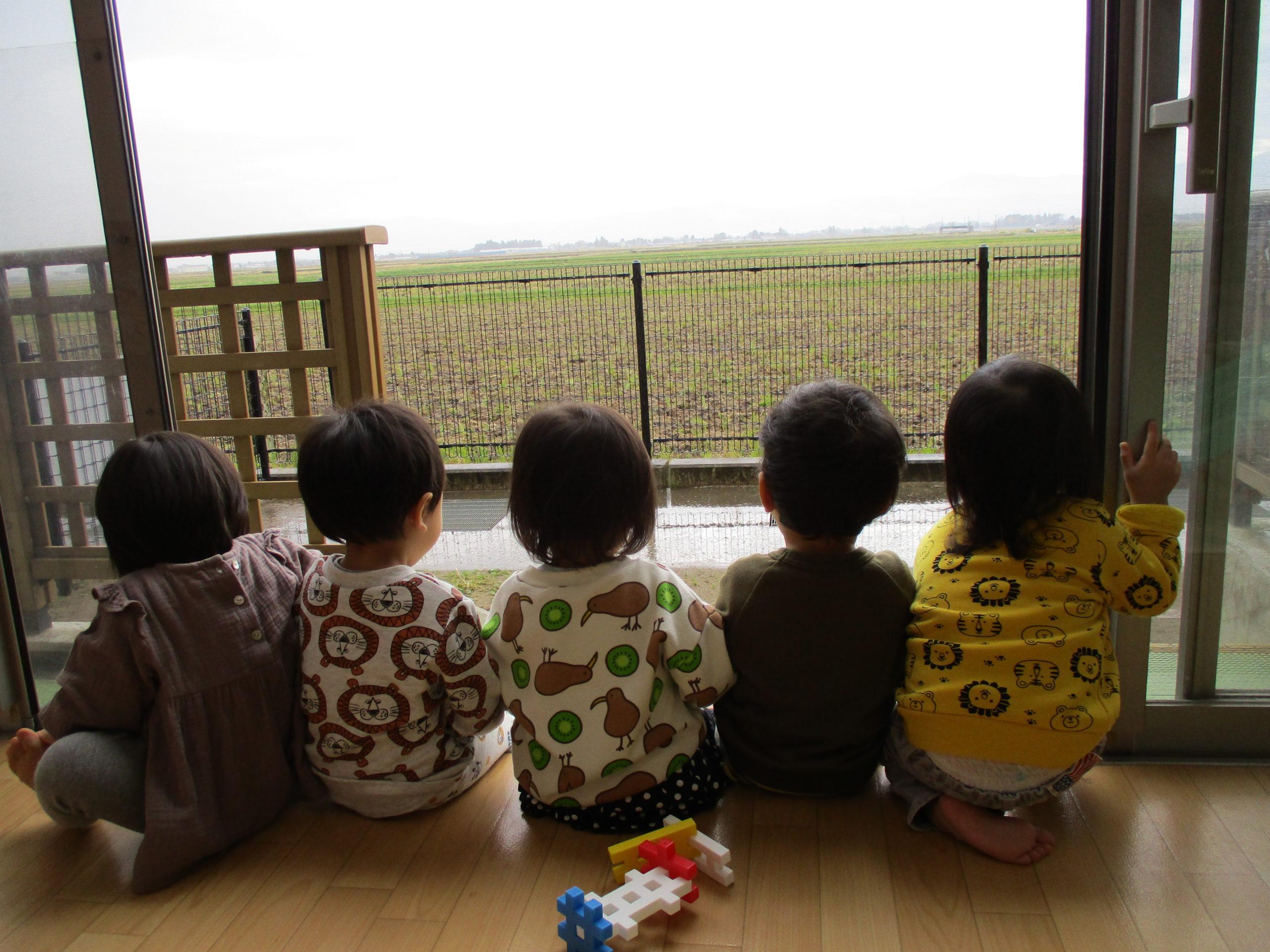 つぼみ組 今日も元気いっぱいです😆【白根そよ風保育園】