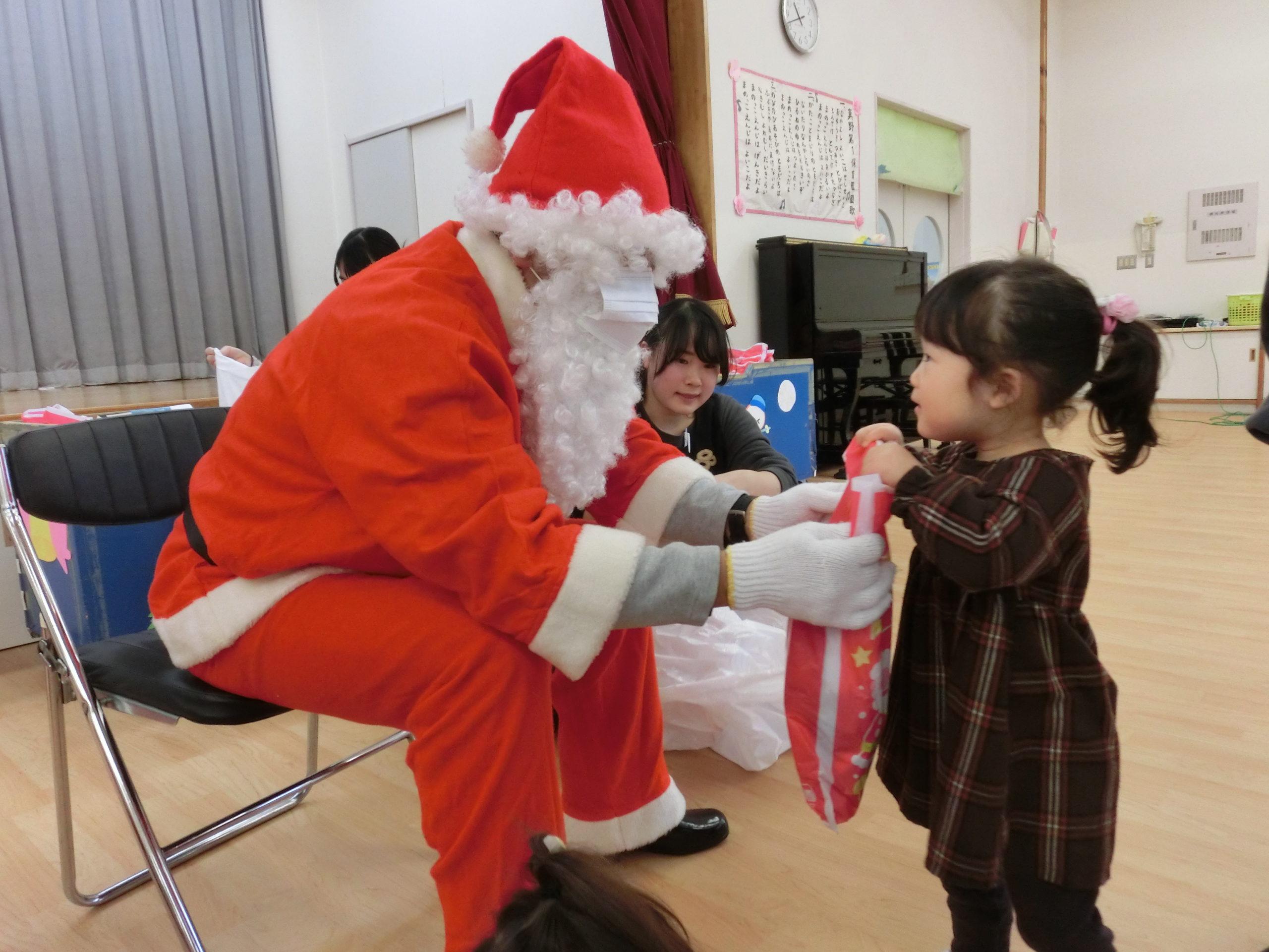 メリークリスマス! こりすぐみ 【真野第一保育園】