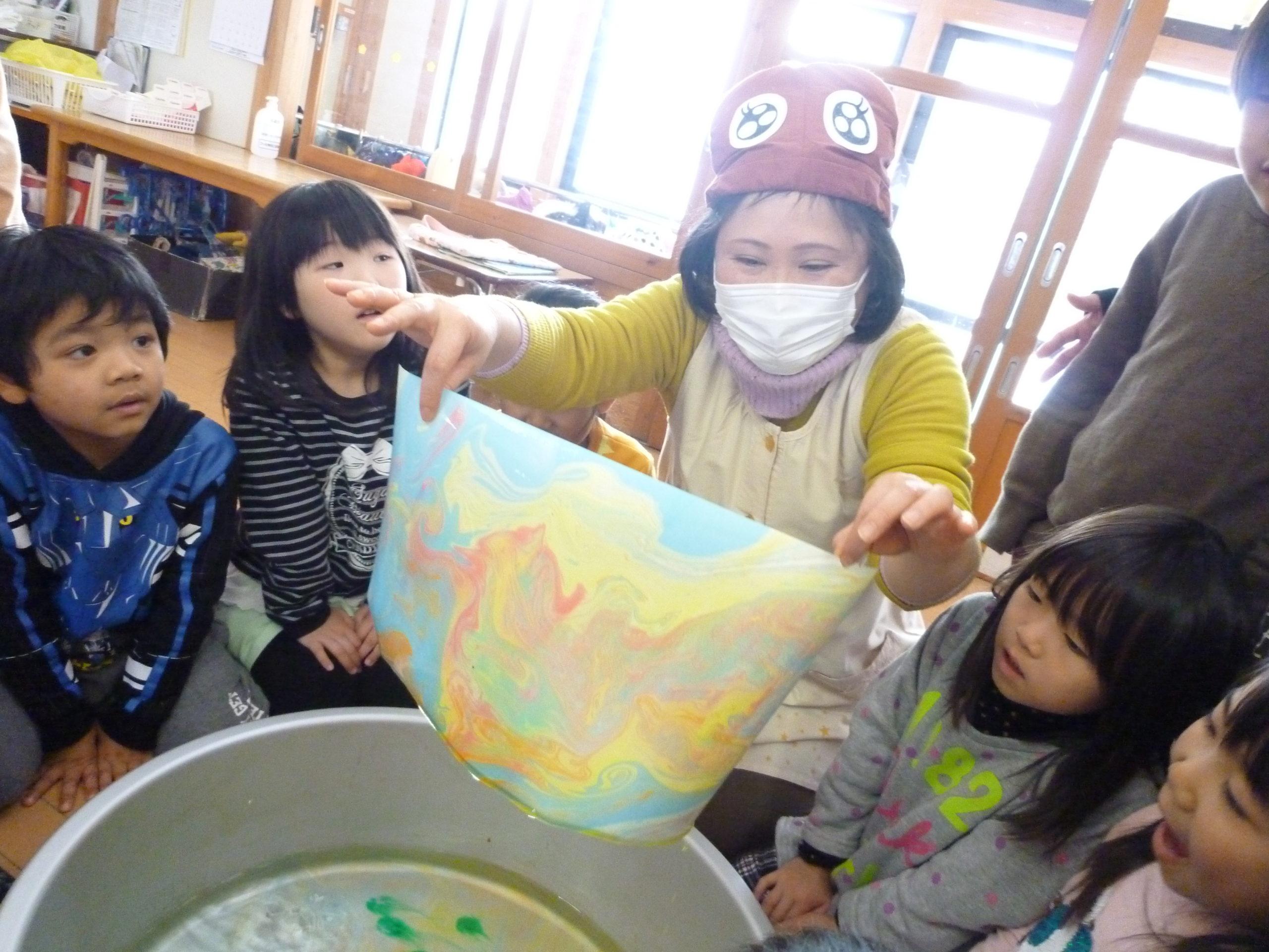 くまのくまこちゃん登場☆彡【新穂トキっ子保育園 つき組 4歳児】