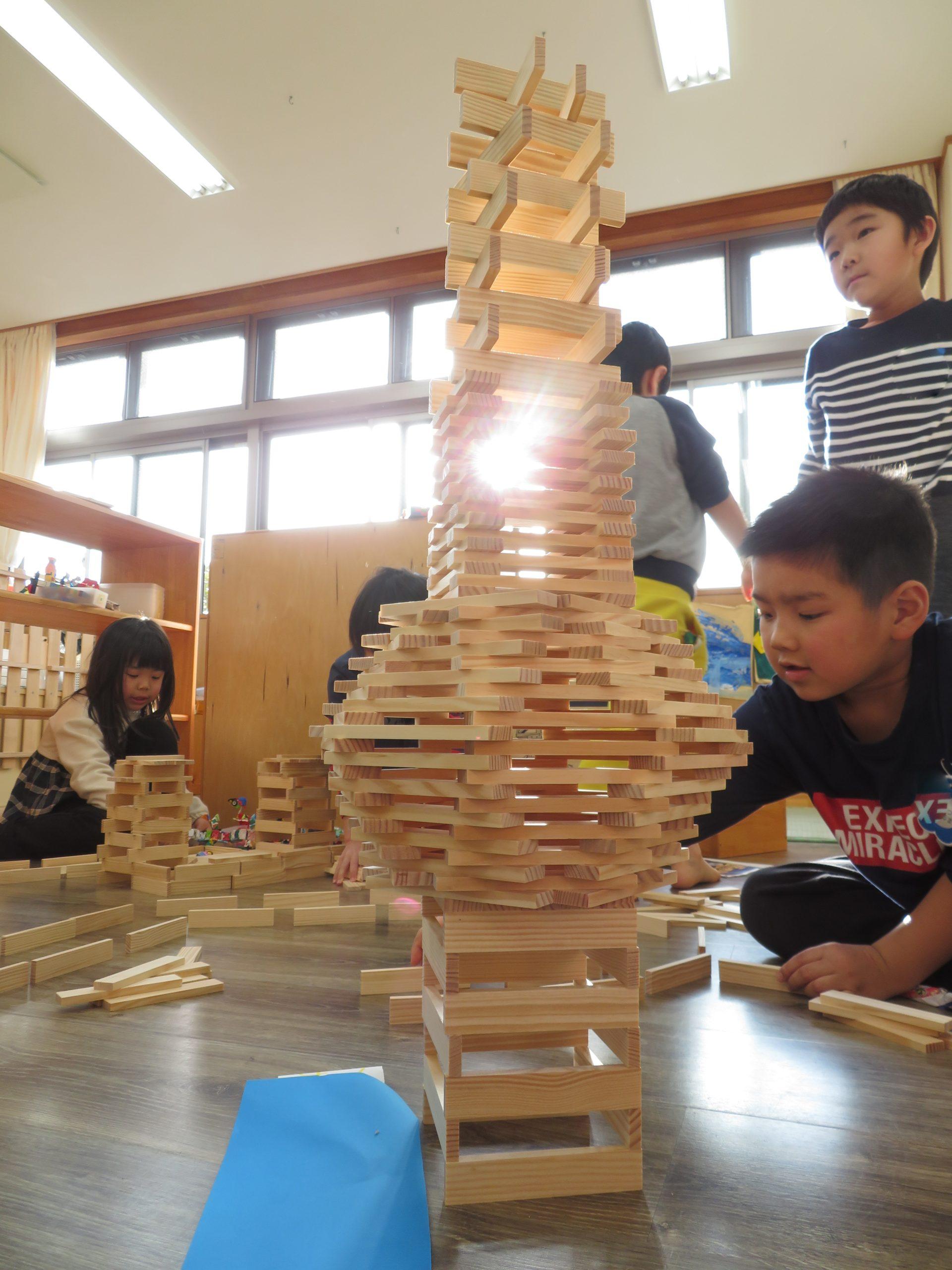 😊遊コスモス小新保育園 「5歳児 KAPLA🏰✨」