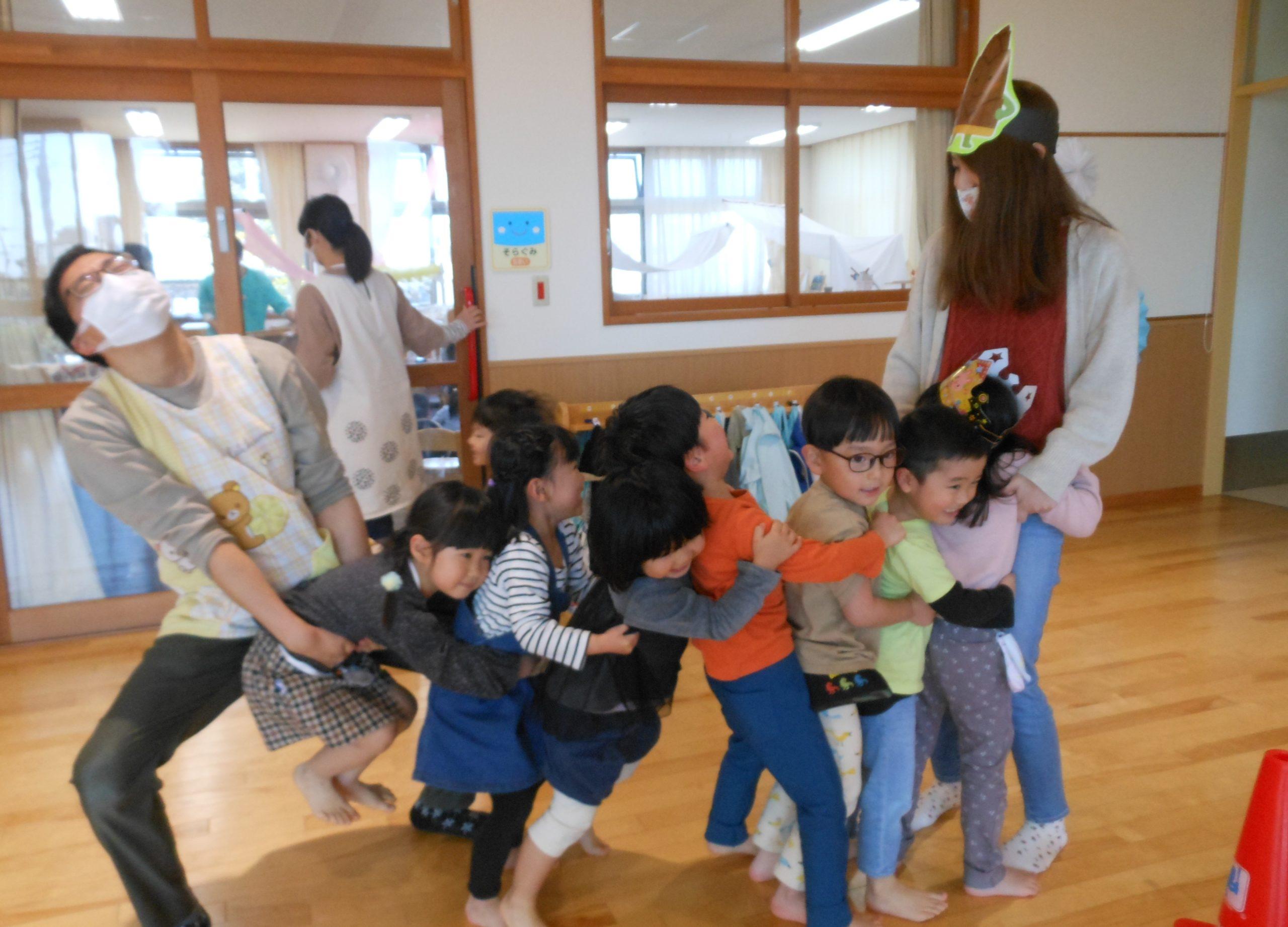 😊遊コスモス小新保育園「🥄3、4、5歳児 4月お誕生会part2🍰✨