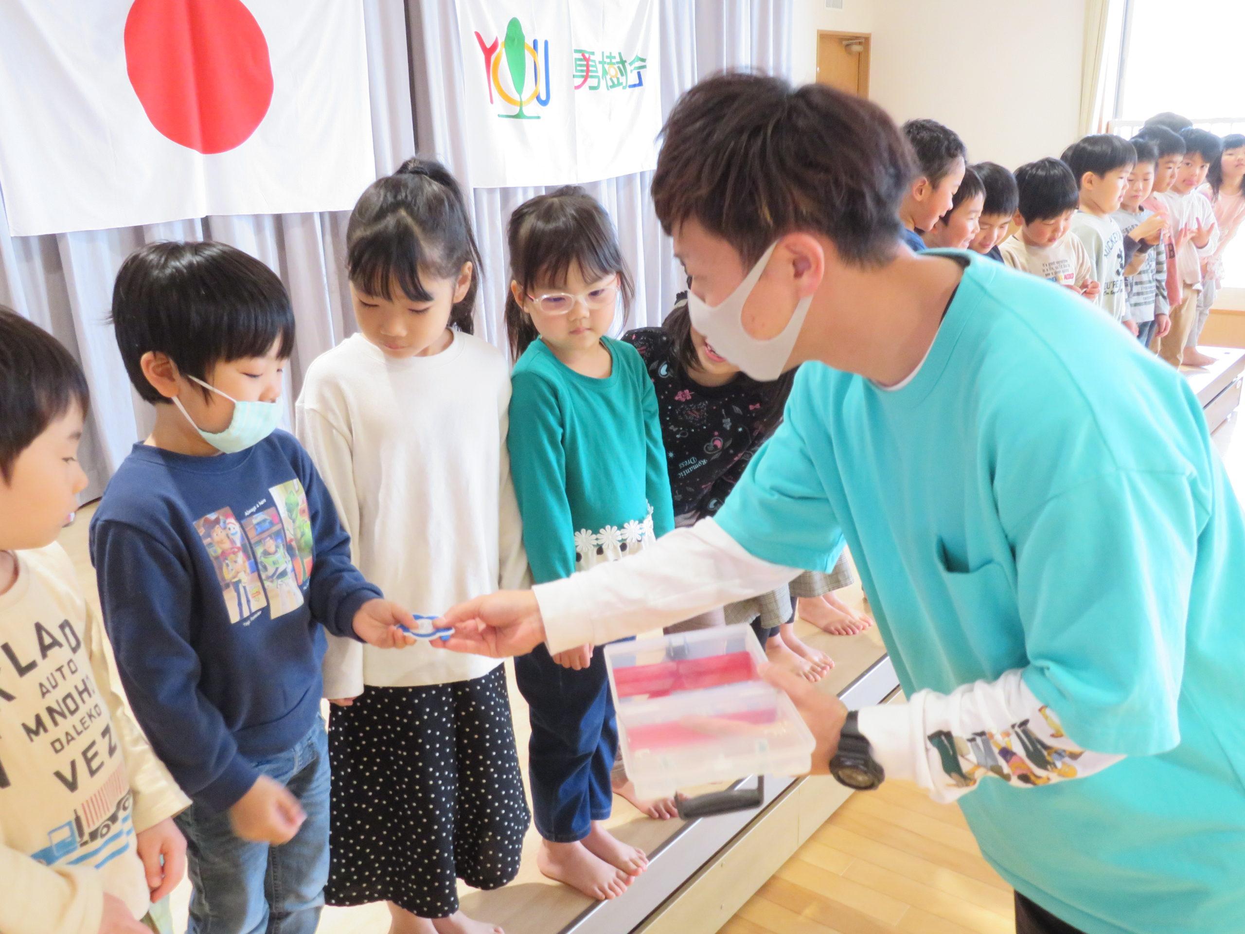 😊遊コスモス小新保育園「5歳児🌸進級しました🌸 」