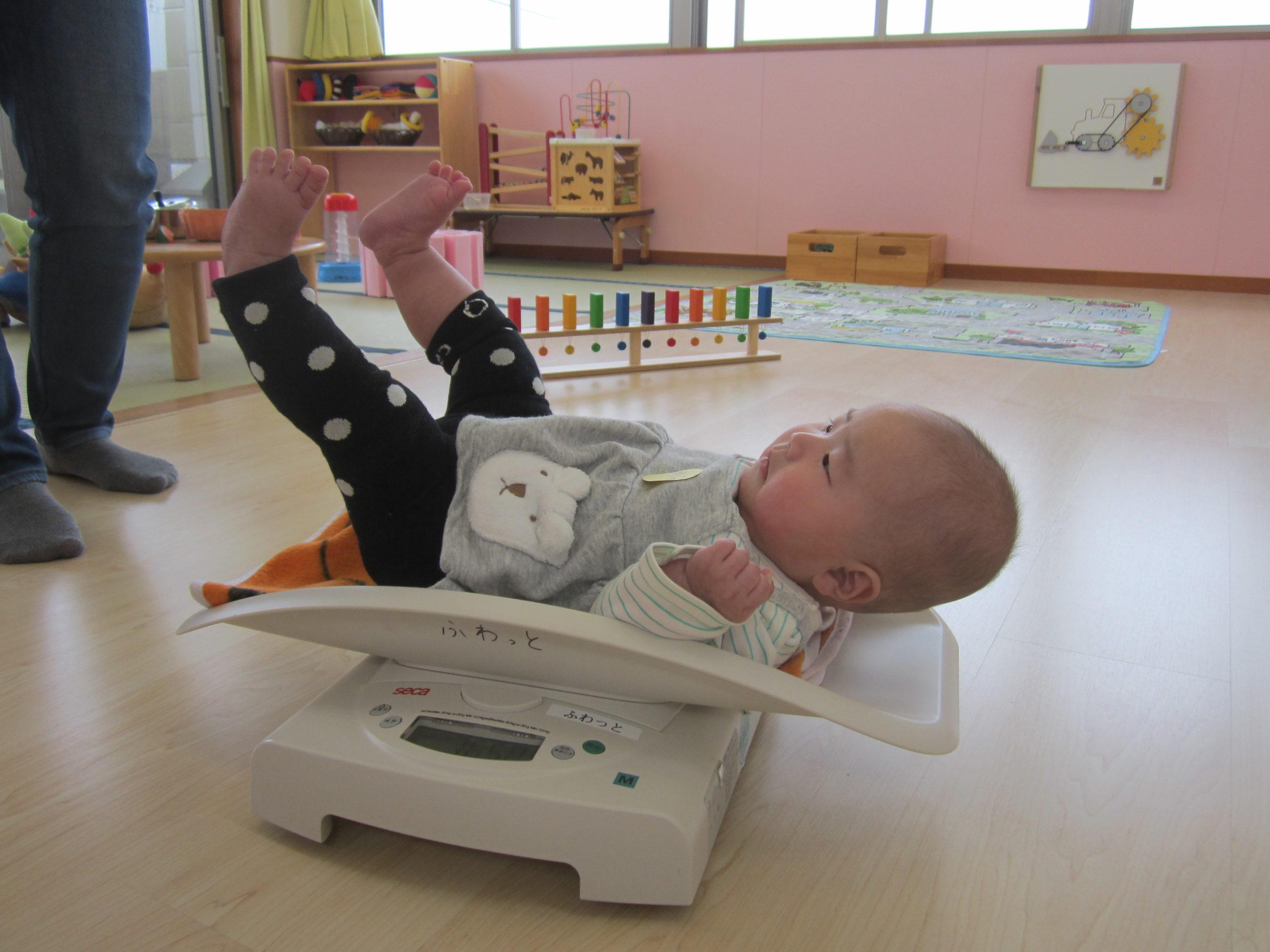 身体測定・足型スタンプDay!【子育て支援センターふわっと】