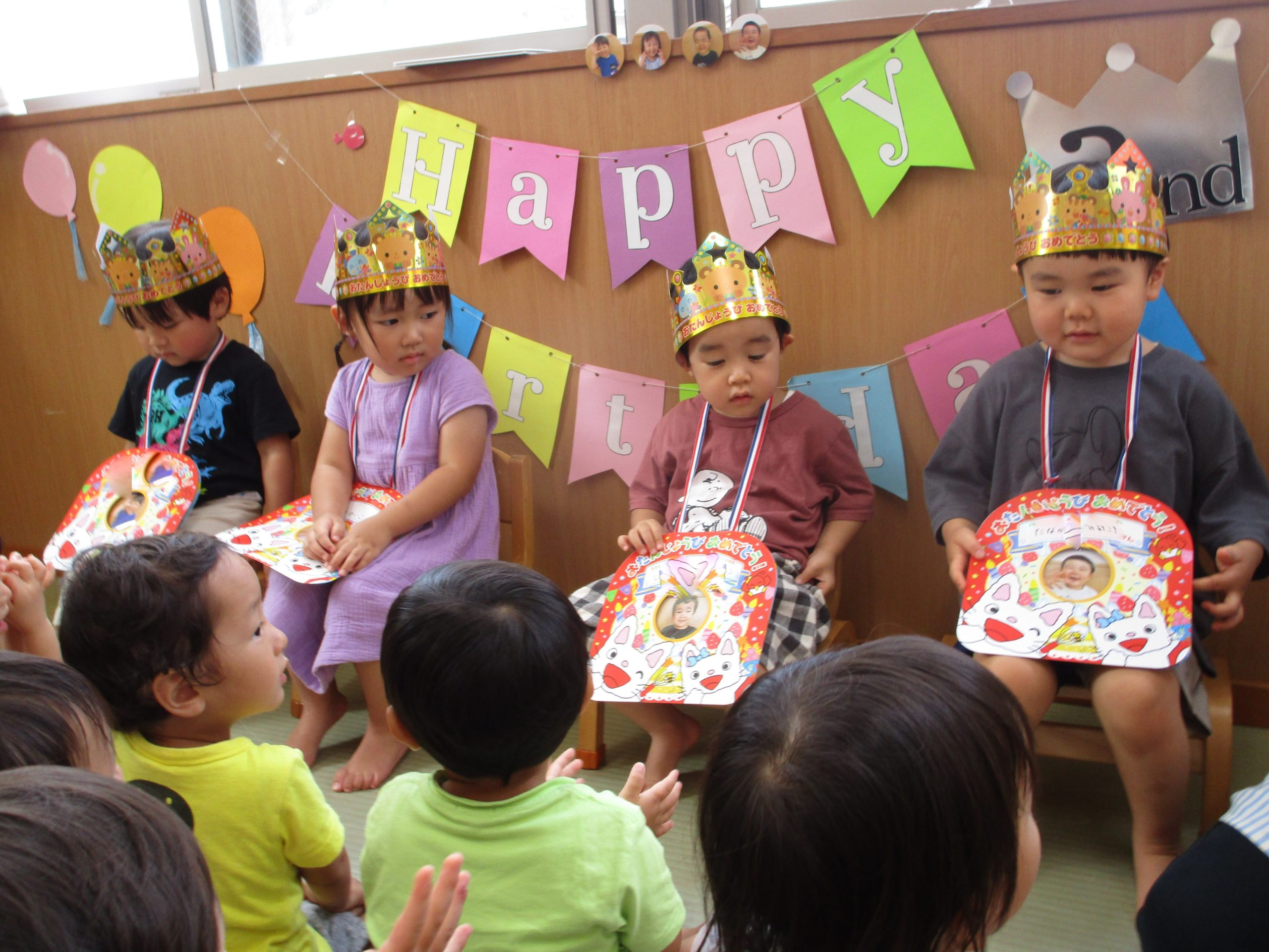 😊遊コスモス小新保育園「2歳児 お誕生会🍰」